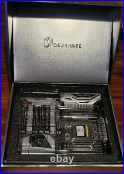 GIGABYTE X399 Designare EX AMD Ryzen Thread Ripper TR4 Motherboard